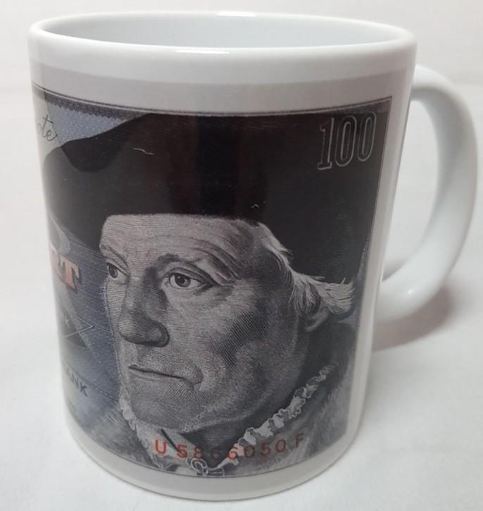 100 DM- Schein der Serie BBK-II auf Kaffeebecher (Geheime Währung)