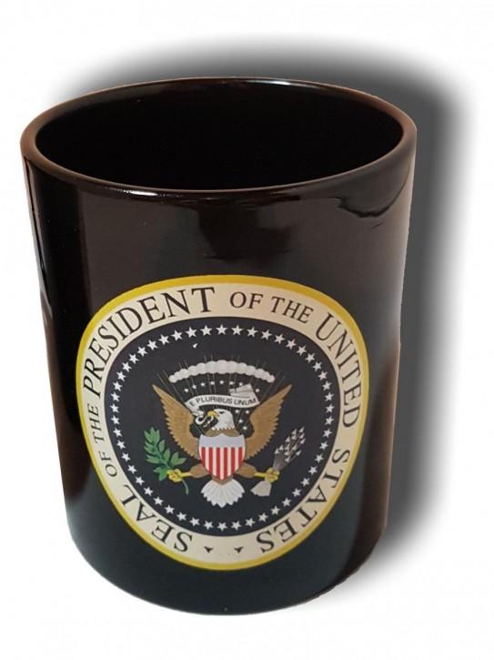 Keramik- Becher mit amerikanischem Präsidentensiegel